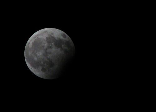 Луна создана людьми древней цивилизации, согласно легендам
