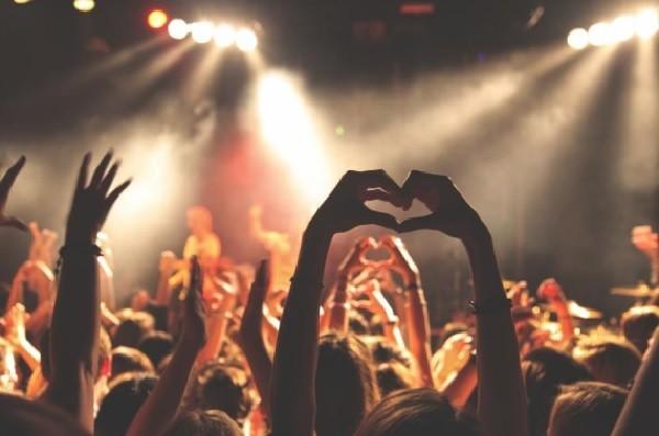 музыка,